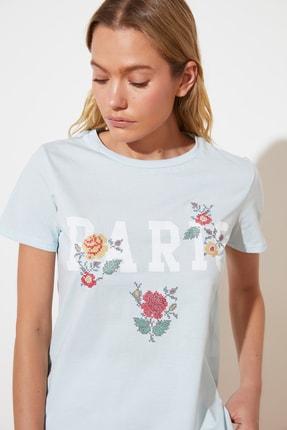 TRENDYOLMİLLA Mavi Basic Örme T-Shirt TWOSS21TS1939 1