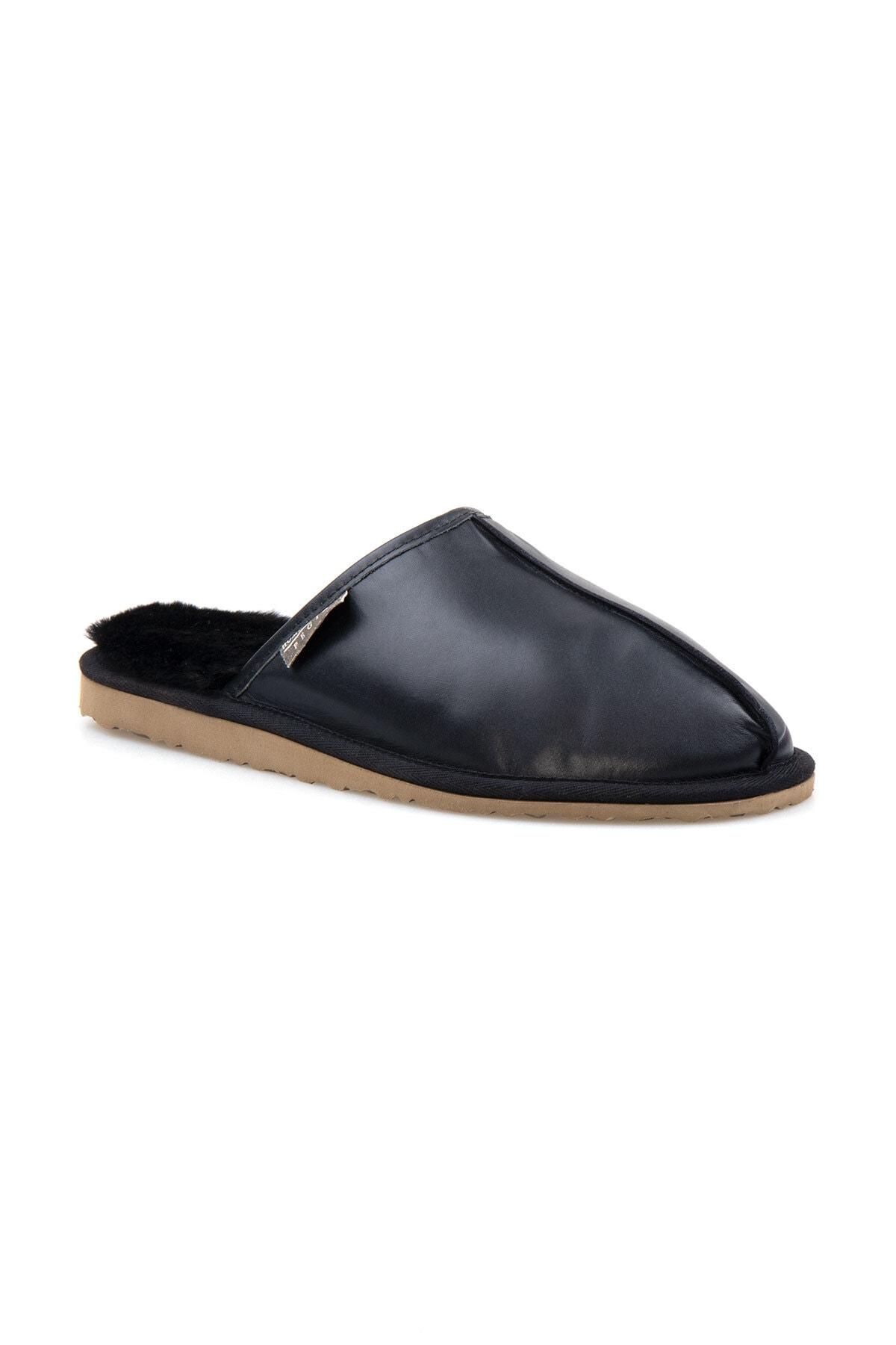 Pegia Erkek Siyah Deri Kürklü Ev Ayakkabısı 111012 1