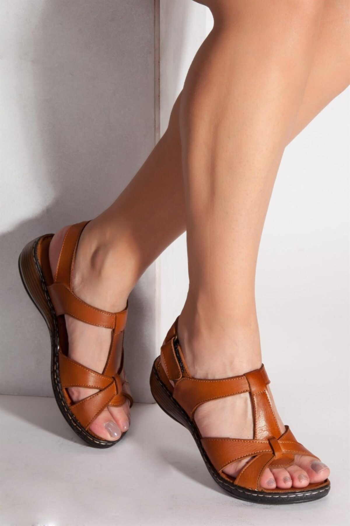 Deripabuc Hakiki Deri TABA Kadın Deri Sandalet