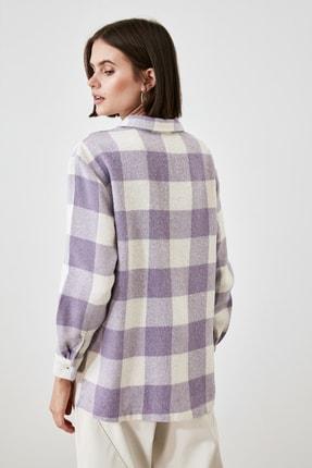 TRENDYOLMİLLA Lila Cep Detaylı Gömlek TWOAW21GO0321 4