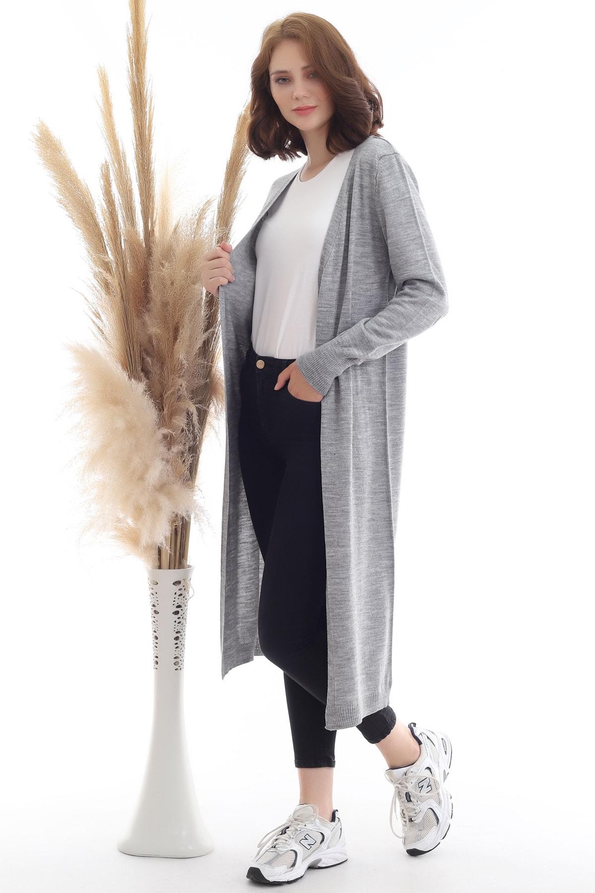 Kadın Gri Uzun Triko Hırka