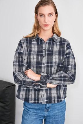 TRENDYOLMİLLA Çok Renkli Kareli Gömlek TWOAW21GO0448 3