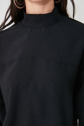 TRENDYOLMİLLA Siyah Dik Yaka Bluz TWOAW21BZ1081 4