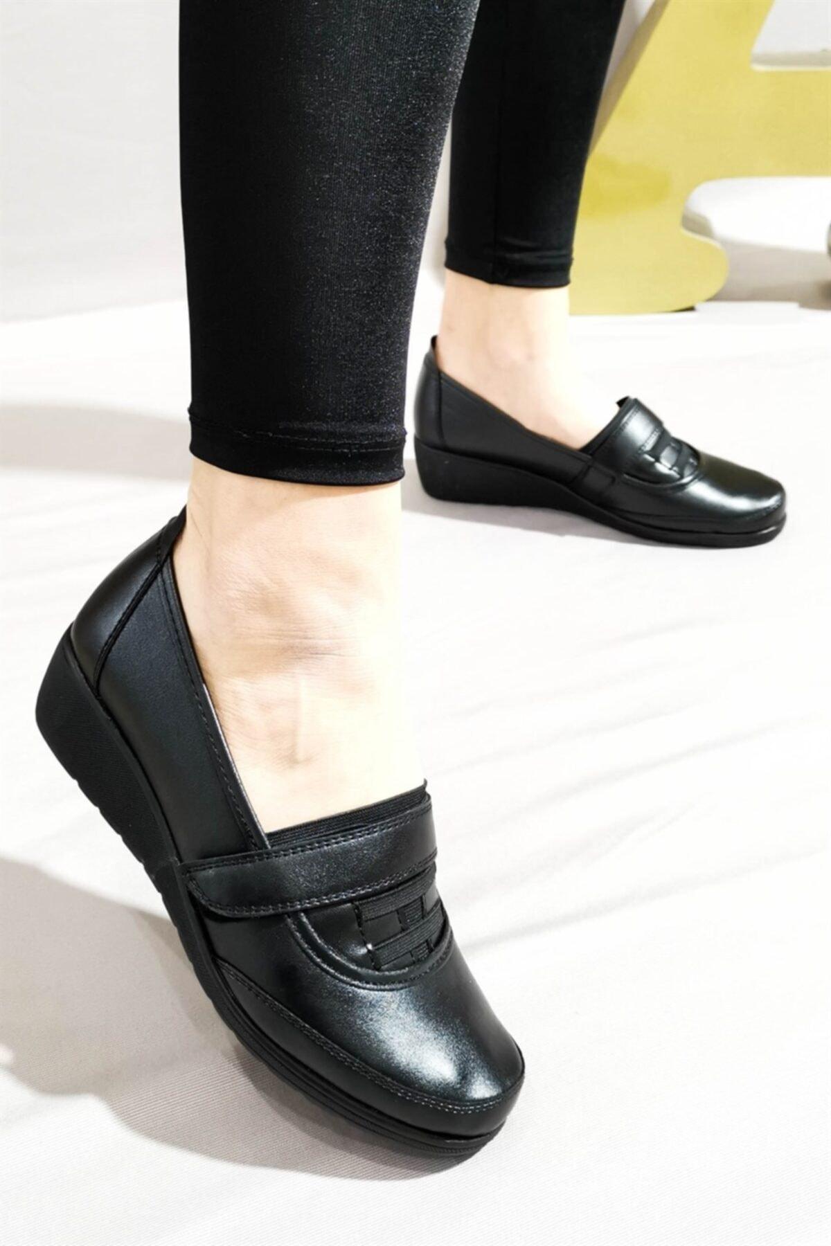 Aymood Kadın Siyah Cırtlı Ayakkabı 35