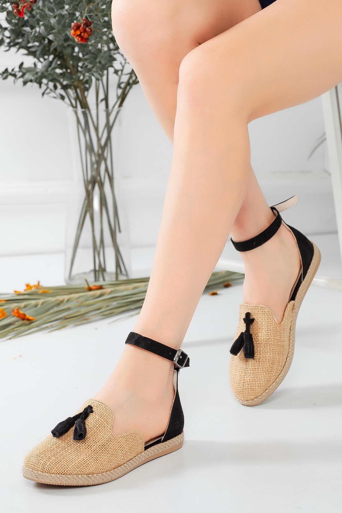 Bellinz Kadın Siyah Püskül Sandalet