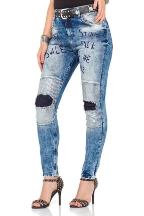 Cipo&Baxx Kadın Mavi Yazı Baskılı Yamalı Taşlı Kot Pantolon 1