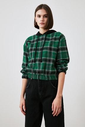 TRENDYOLMİLLA Çok Renkli Kapüşonlu Bluz TWOAW21BZ1399 1