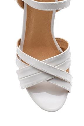 Derimod Kadın Beyaz Rugan Topuklu Ayakkabı 3