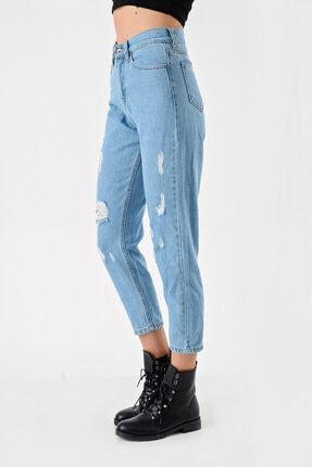 Modakapimda Kadın Mavi Yırtık Detaylı Mom Jean Pantolon 0