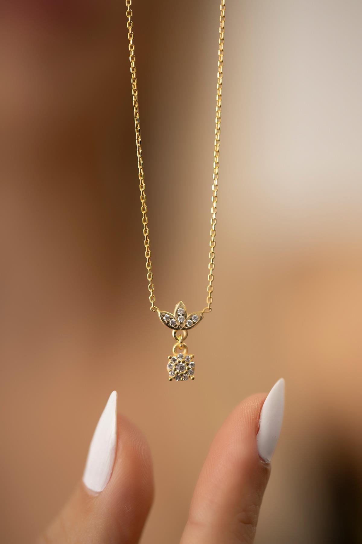 Kadın Çiçek Model Altın Kaplama Gümüş İtalyan Kolye