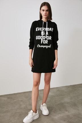 TRENDYOLMİLLA Siyah Baskılı Sweat Örme Elbise TWOAW21EL1283 3