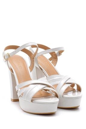 Derimod Kadın Beyaz Rugan Topuklu Ayakkabı 1