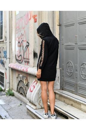 Grenj Fashion Kadın Siyah Yanda Ve Kolda Leopar Şerit Detaylı Kapüşonlu Mini Boy Örme Sweat Elbise 2