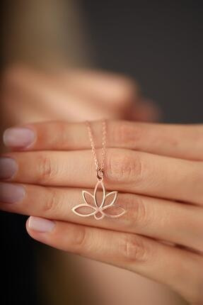 İzla Design Kadın Lotus Çiçeği Model Rose Kaplama Gümüş İtalyan Kolye 3