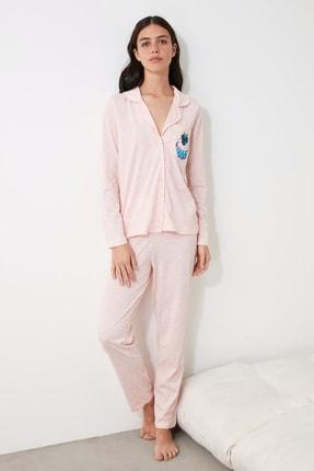 TRENDYOLMİLLA Pudra Baskılı Örme Pijama Takımı THMAW21PT0303 1