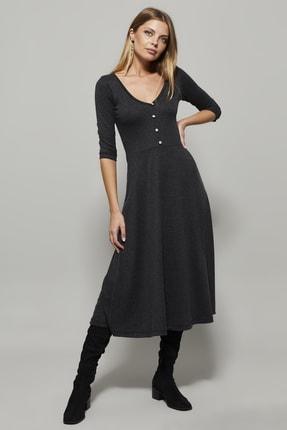 تصویر از پیراهن زنانه خاکستری