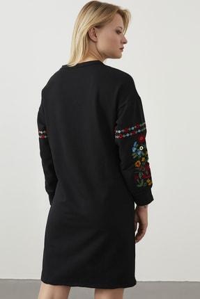 ELBİSENN Kadın Siyah Kolları Nakış Detay Spor Elbise 3