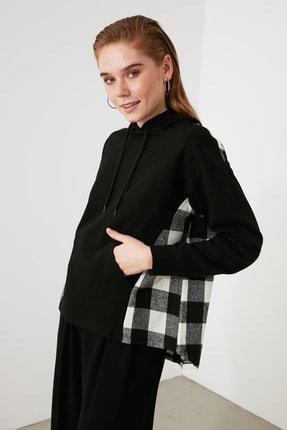 TRENDYOLMİLLA Siyah Ekose Detaylı Örme Sweatshirt TWOAW21SW1717 2