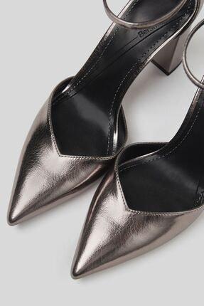 Bershka Blok Topuklu Ve Metalik Bilekten Bantlı Ayakkabı 2