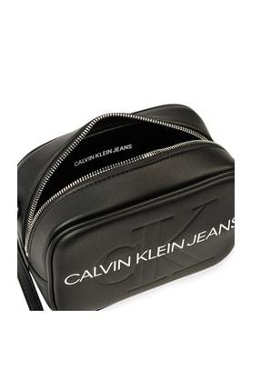 Calvin Klein Kadın Siyah Beyaz Logo Baskılı Ayarlanabilir Askılı Çanta K60k607202 Bds 2