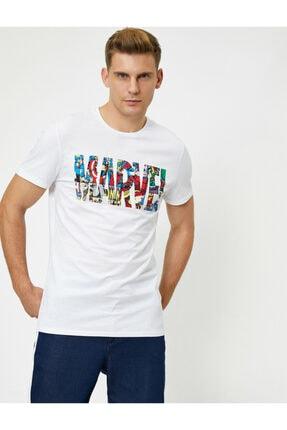 Koton Erkek Beyaz Marvel Lisanslı Yazılı Yarım Kollu T-Shirt 1