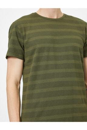 Koton Erkek Yeşil Bisiklet Yaka T-Shirt 0YAM12329OK 4