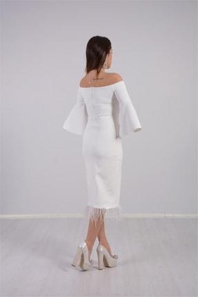 giyimmasalı Kadın Beyaz Krep Kumaş Tüy Detaylı Tasarım Elbise 3