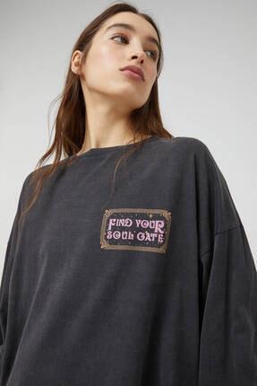 Pull & Bear Kadın Siyah Uzun Kollu Soluk Efektli Sweatshirt 4