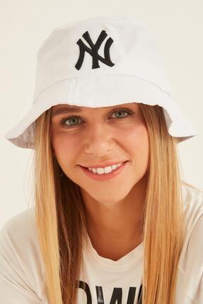 Y-London 13373 Ny Nakışlı Beyaz Bucket Şapka 1