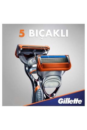 Gillette Fusion 5 Tıraş Makinesi + 4 Yedek Bıçak 2