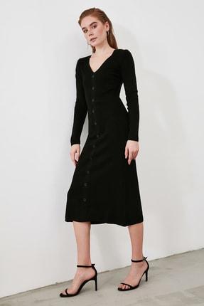 TRENDYOLMİLLA Siyah Düğmeli Triko Elbise TWOAW21EL2353 4