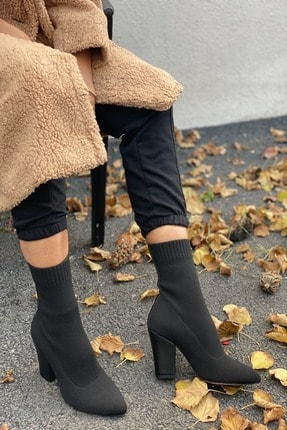 İnan Ayakkabı Kadın Siyah Sivri Burun Örgü Triko Model Topuklu Bot 2