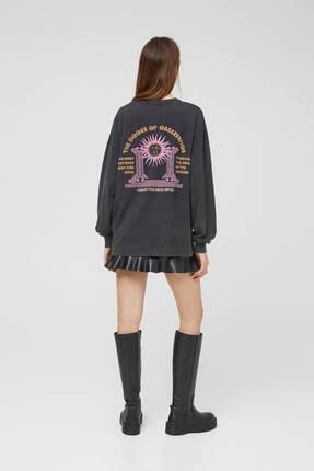 Pull & Bear Kadın Siyah Uzun Kollu Soluk Efektli Sweatshirt 3