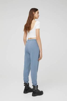 Pull & Bear Kadın  Mavi Soluk Efektli Jogging Fit Pantolon 3