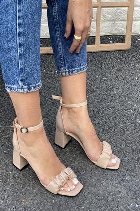 İnan Ayakkabı Detaylı Bant Bilekten Tokalı Topuklu Ayakkabı 2