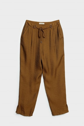 Yargıcı Kadın Hardal Kemer Detaylı Pantolon 0
