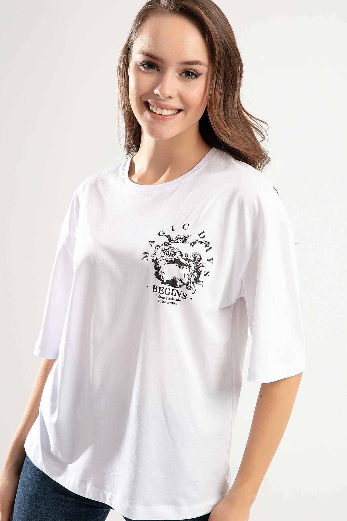 Pattaya Kadın Beyaz Melek Baskılı Bisiklet Yaka Tişört PTTY20S-4220 0