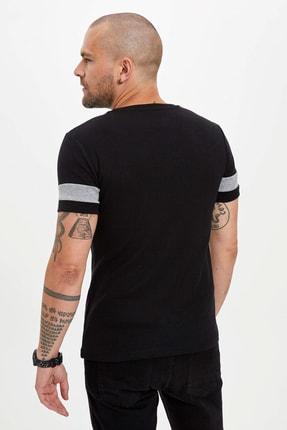 Defacto Erkek Siyah Bisiklet Yaka Kısa Kollu Slim Fit Tişört 3