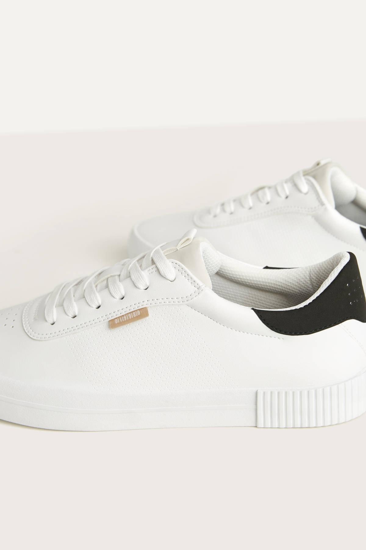 Bershka Erkek Beyaz Kontrast Spor Ayakkabı 12400660 1