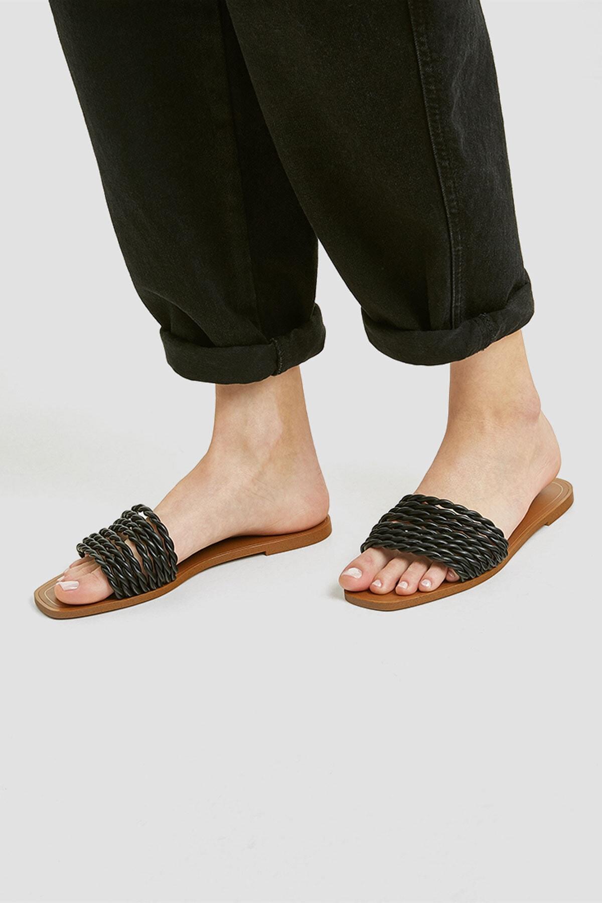 Pull & Bear Kadın Siyah Örgü Bantlı Siyah Sandalet 11557540 1