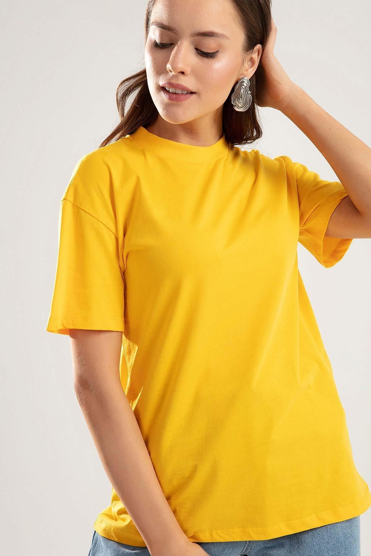 Pattaya Kadın SARI Dik Yaka Basic Tişört PTTY20S-701 0