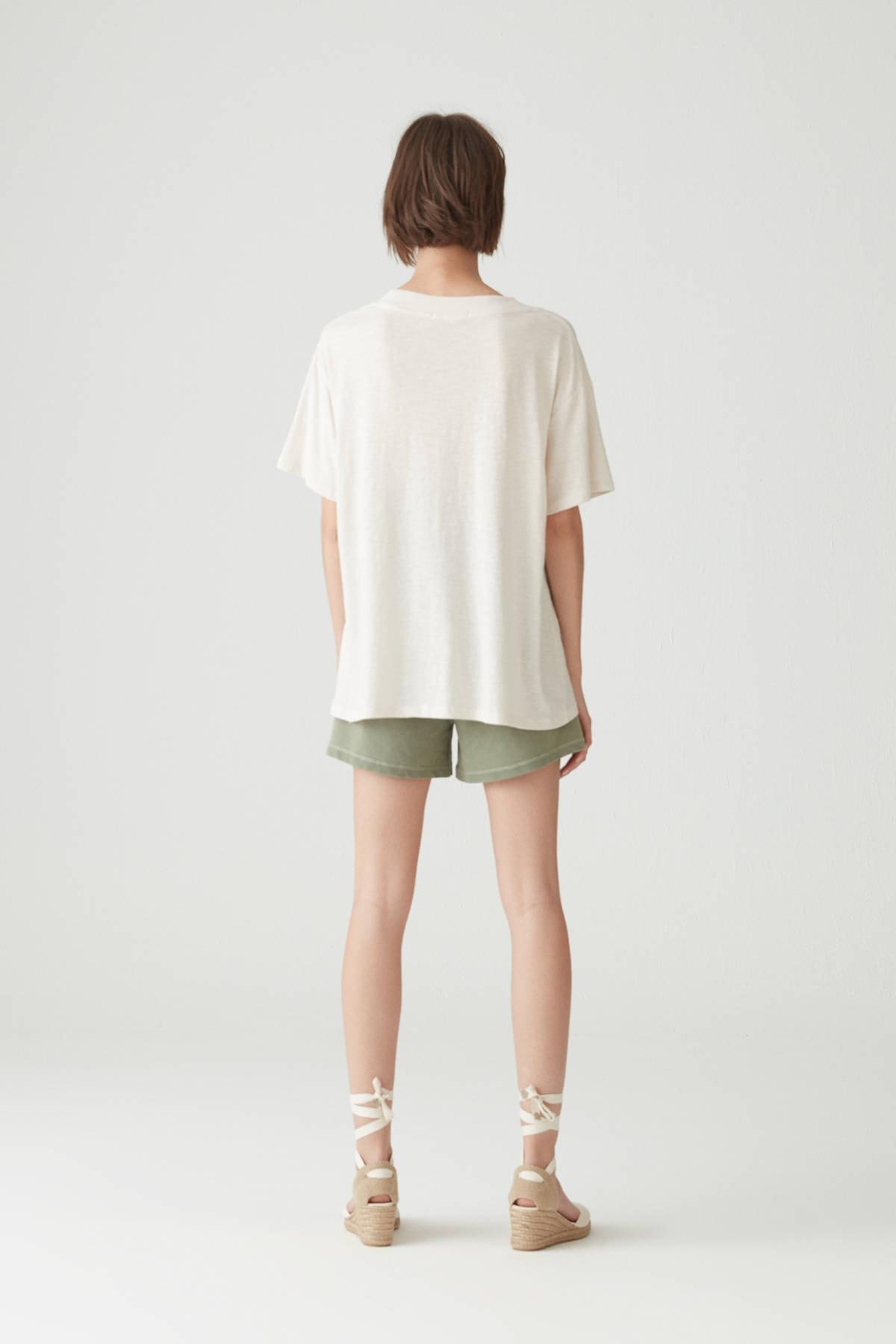 Pull & Bear Kadın Taş Rengi Basic Oversize Düğümlü Örgü T-Shirt 05236324 2
