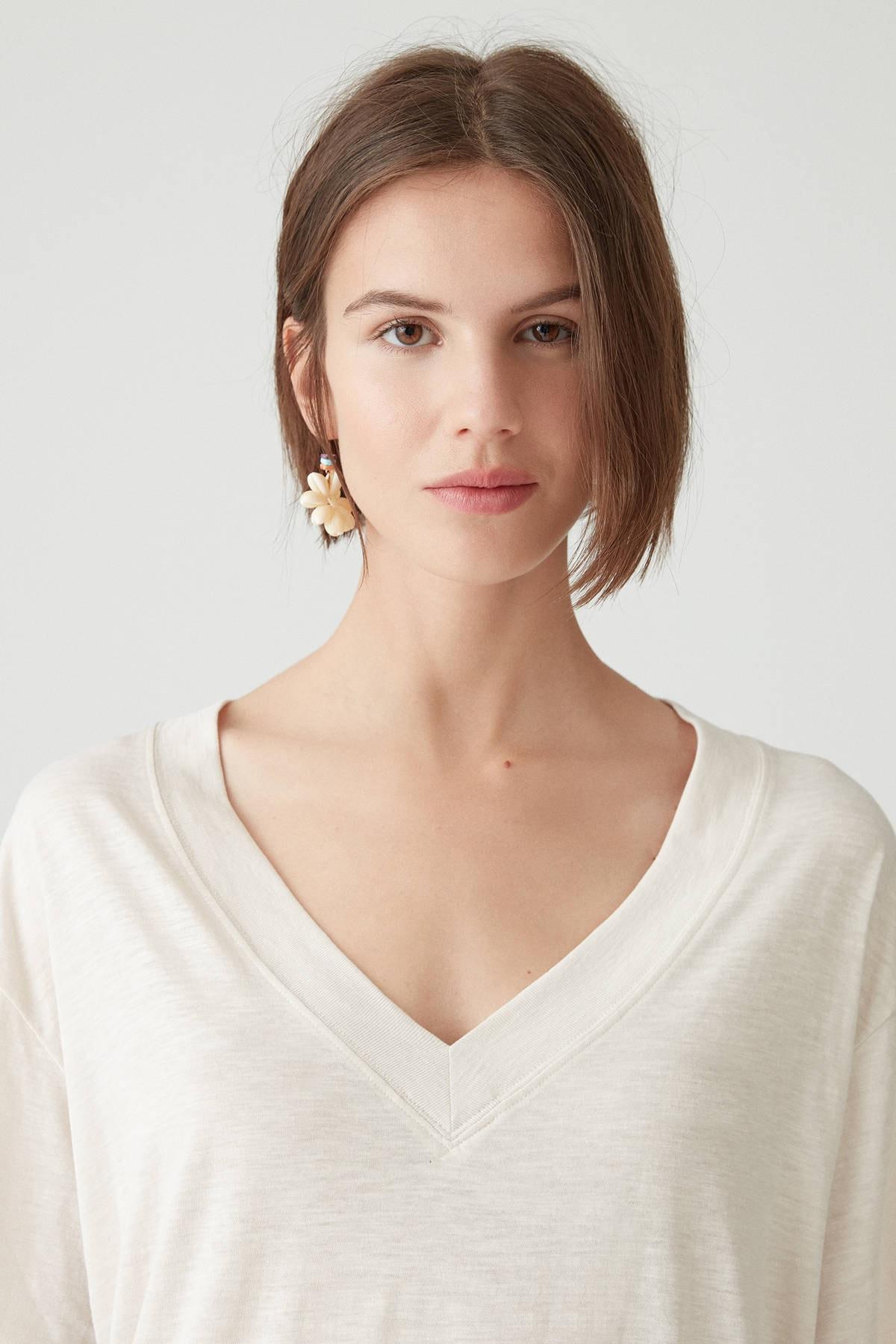 Pull & Bear Kadın Taş Rengi Basic Oversize Düğümlü Örgü T-Shirt 05236324 3