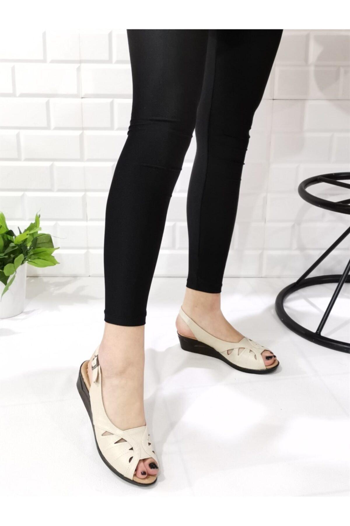 Aymood Kadın Tokalı Sandalet 04