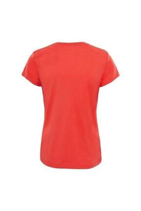 The North Face W Reaxion AMP Crew Kadın T-Shirt Kırmızı 1