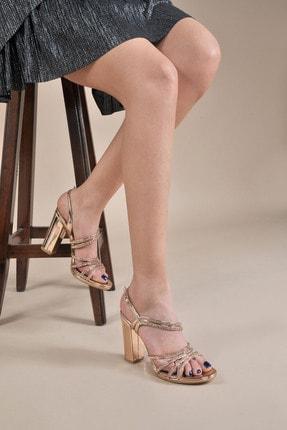 تصویر از Kadın  Bakır Klasik Topuklu Ayakkabı Vzn20-043y