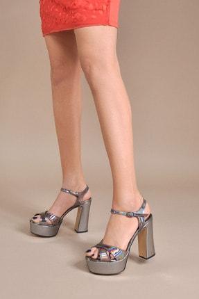 تصویر از Kadın  Gri Klasik Topuklu Ayakkabı Vzn20-044y