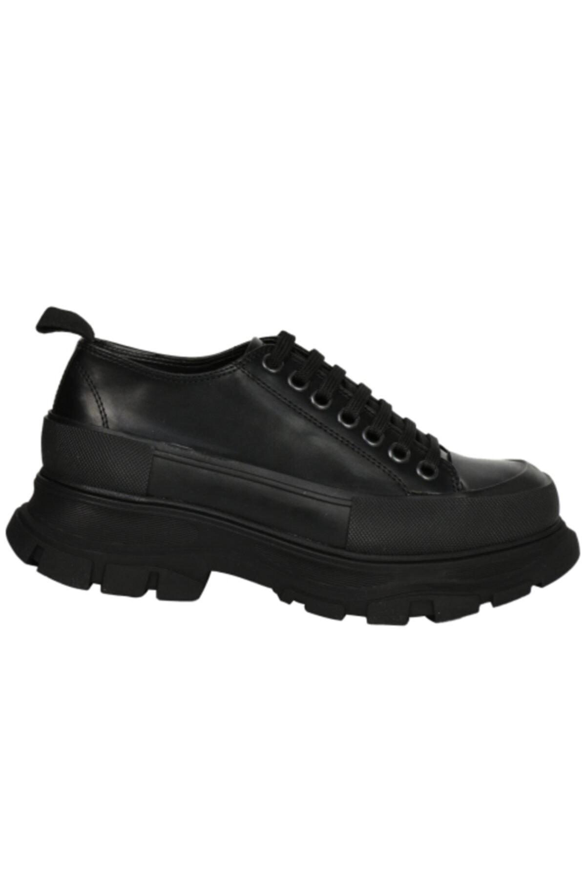 OZ DOROTHY Kadın Siyah Kalın Tabanlı Bağcık Detayı Deri Ayakkabı