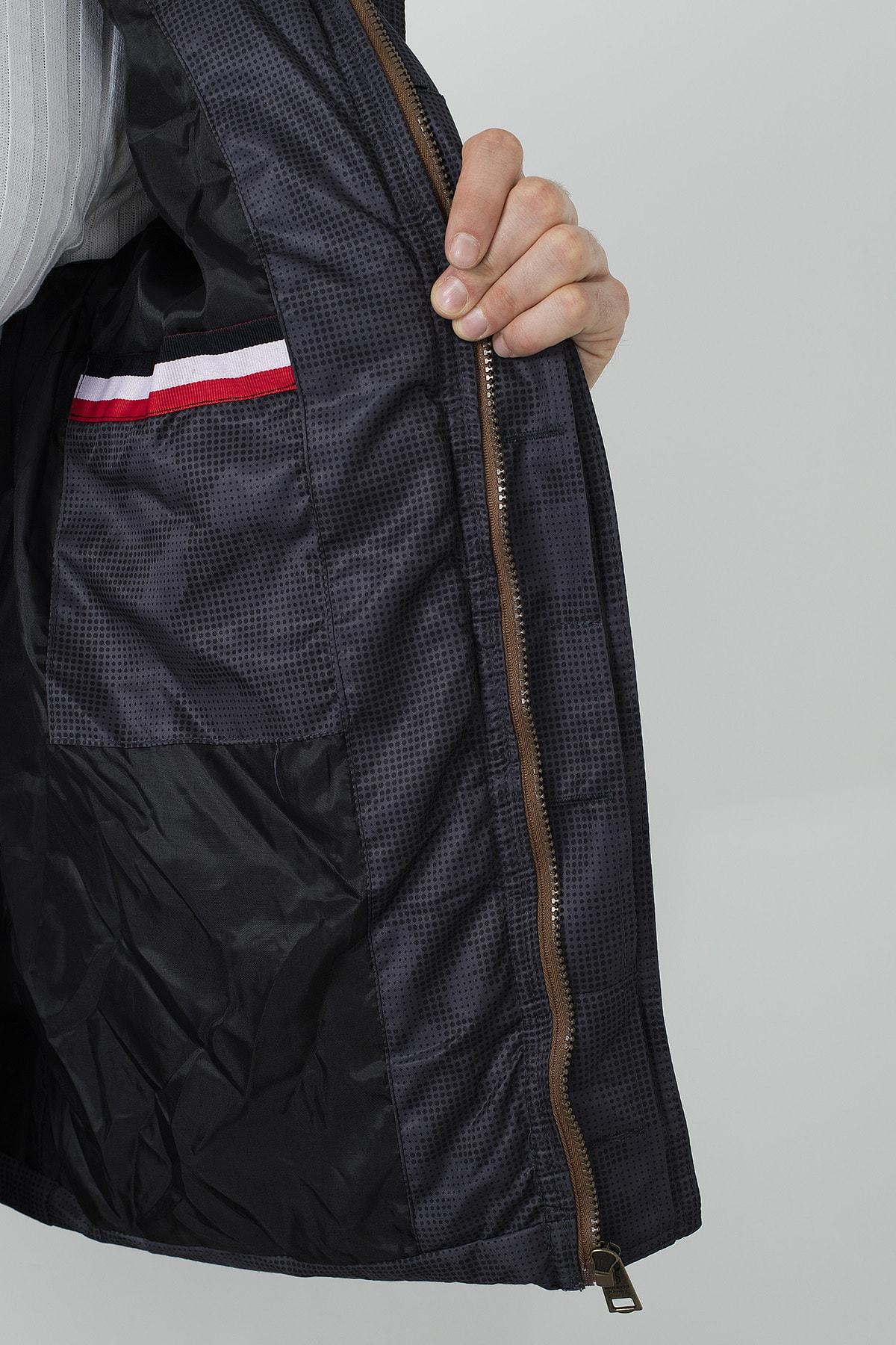 Buratti Erkek Kahverengi Slim Fit Kapüşonlu Dik Yaka Şişme Mont 4