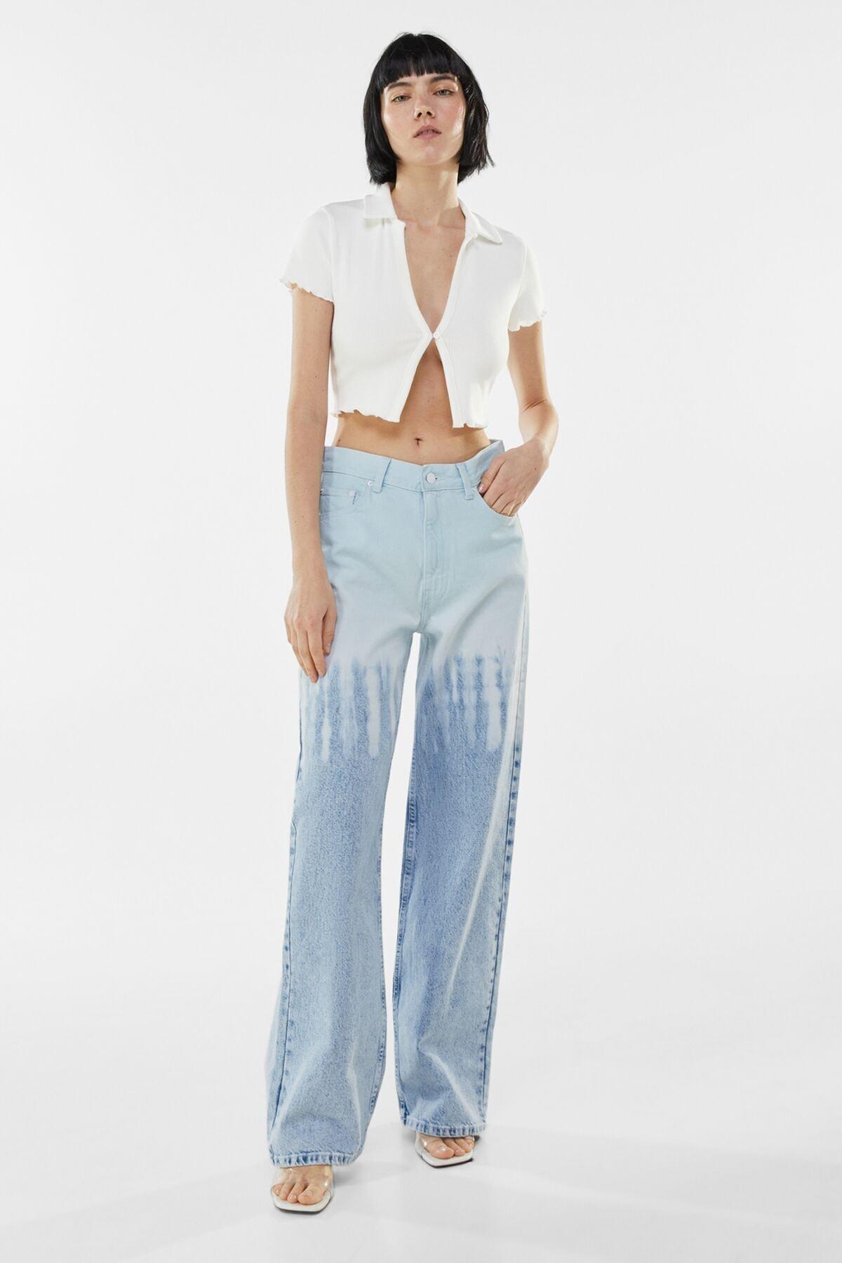 Bershka Kadın Beyaz Düğmeli Kısa Kollu Fitilli Polo T-Shirt 03305492 3